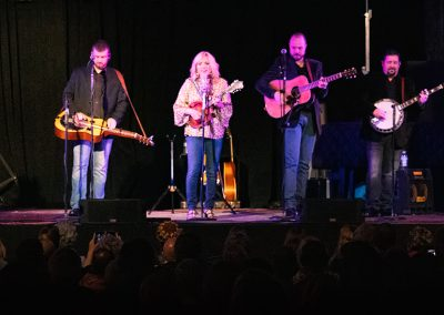 Rhonda Vincent and The Rage – World Records – March 7, 2020