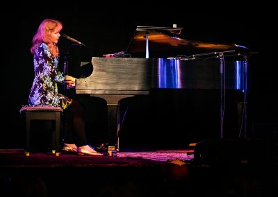 Nellie McKay – World Records – February 14, 2020